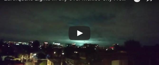 Messico, il mistero del terremoto che illumina il cielo d'azzurro (video)