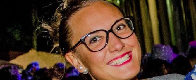 Scarcerato un mese dopo aver ucciso la fidanzata. L'ira dei detenuti (video)
