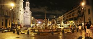 Roma, paura a Piazza Navona: minaccia i passanti armato di coltello