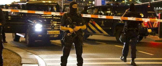 """""""Diventi terrorista? Ti revoco la cittadinanza"""". L'Olanda applica la nuova legge"""