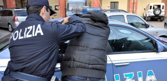 Stupro di roma il violentatore ha un permesso di for Permesso di soggiorno per motivi umanitari