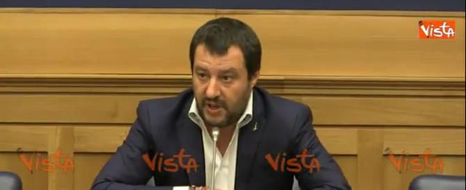 """Vaccini, Salvini sta col Veneto: """"Libertà contro metodi sovietici"""" (video)"""