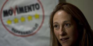"""Paola Taverna disse: """"C'è un complotto per farci vincere a Roma"""""""