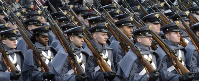 Il clintoniano WP: cacciate le reclute nate all'estero. Il Pentagono smentisce