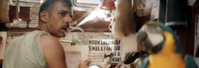 """L'ultima canzone di Gabbani? Una presa in giro dei """"pappagalli"""" grillini (video)"""