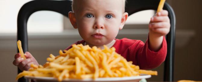 Obesità infantile, studio del Cnr: «Gli amici aiutano a stare in forma»