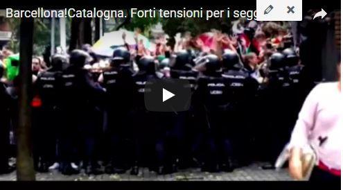 Catalogna al voto, la situazione in 5 punti. Tensione e scontri con la polizia. 40 feriti (Video)