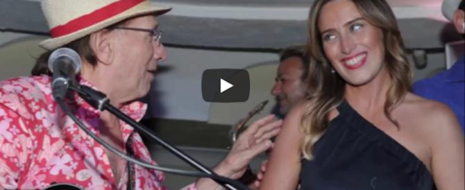 Boschi a Capri con la scorta: hotel di lusso e balli all'Anema e Core (video)