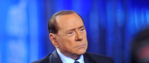 Banche, Berlusconi bacchetta Renzi: «Irresponsabile coinvolgere Draghi»