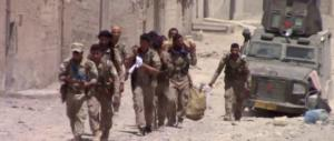 Cade Raqqa, capitale dell'Isis. I foreign fighters sfollati dai siriani con gli autobus