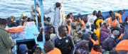 La Tunisia scarcera 1600 detenuti. Paura in Italia: ce li ritroveremo tutti qui