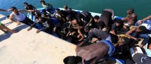 Migranti, sbarchi a profusione: 450 arrivi previsti per le prossime ore ad Augusta