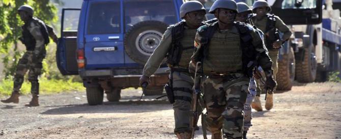 Ancora sangue in Mali, una bomba uccide 3 caschi blu durante una scorta