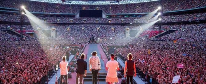 Urla troppo al concerto degli One Direction, ricoverata con i polmoni collassati