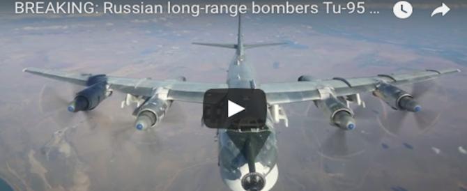 Raid russi contro l'Isis: sterminati 300 jihadisti in 2 giorni. Tra loro 7 comandanti (Video)