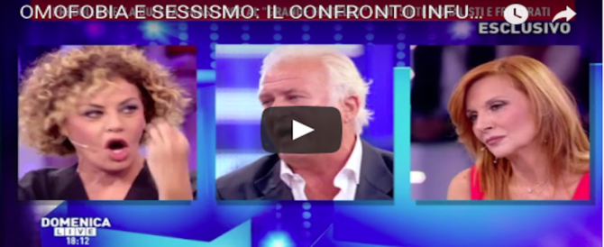 "Predolin si ""inginocchia"" al politically correct gay: e dalla D'Urso chiede scusa a tutti (VIDEO)"