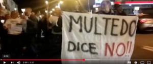 Genova, presidi e striscioni: quartiere ancora in rivolta per l'arrivo a sorpresa dei migranti