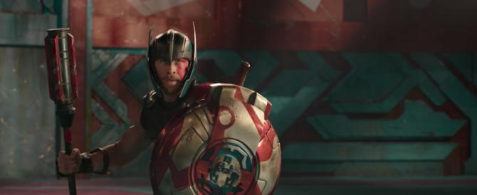 """""""Thor: Ragnarok""""  spodesta """"It"""": il supereroe fa il pieno di spettatori"""