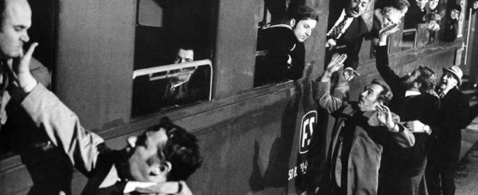 """Arriva il treno del Pd… Meloni ironizza e posta la foto degli schiaffi di """"Amici miei"""""""