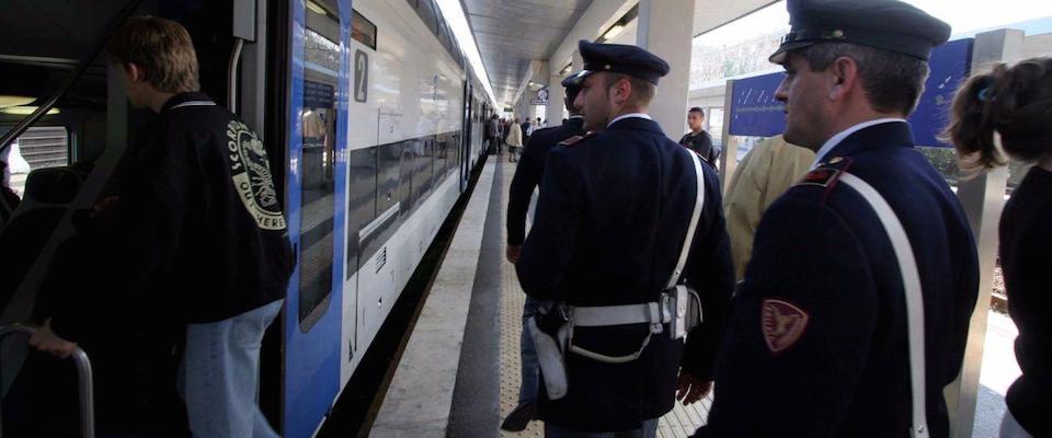africani treno polizia