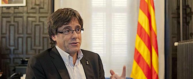 Puigdemont non si presenta dai giudici: chiesto il mandato d'arresto europeo