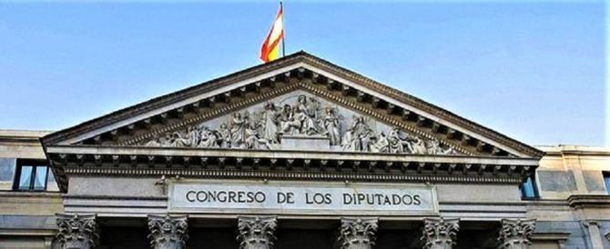 """Madrid non fa sconti: """"Inammissibile la dichiarazione di indipendenza"""""""
