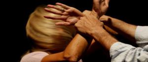 Lampedusa, 50enne denuncia: 5 tunisini sono entrati in casa mia. Volevano violentarmi