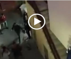 Sarno, extracomunitari scatenati in strada: i cittadini si ribellano (video)