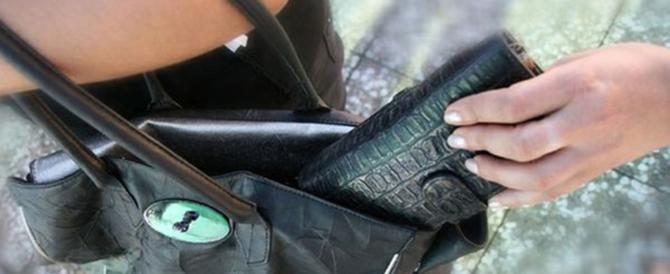 Boom di furti e borseggi nel centro di Roma, i ladri sono tutti stranieri