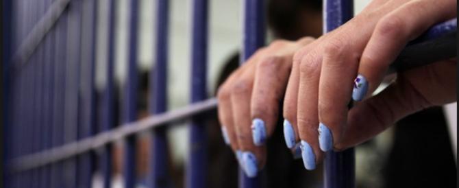 """Camilla e Adriana spose gay """"privilegiate"""": vivranno insieme in cella"""