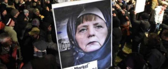 Germania: contro l'Adf in piazza sinistra, gay e un reduce dell'Olocausto
