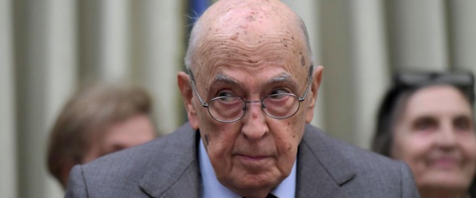 Denunciato Giorgio Napolitano: «Ha usurpato la sovranità popolare»