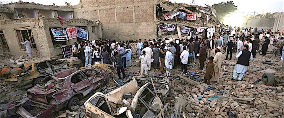 Kabul, i talebani lanciano tre razzi vicino al quartier generale della Nato