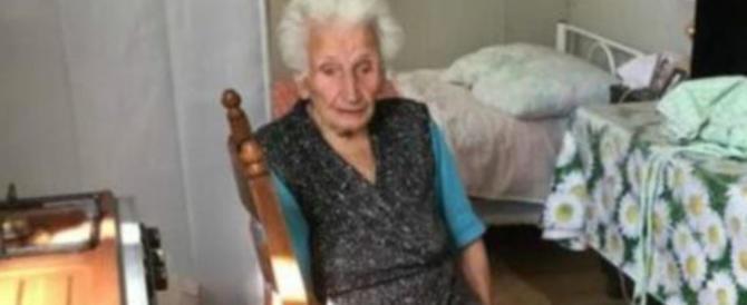 Vergogna italiana: nonna Peppina, sfrattata, si arrende e lascia la casa