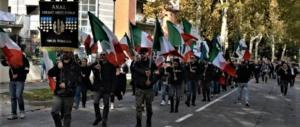 Predappio, mai tanti italiani come quest'anno: la risposta a Fiano (video)