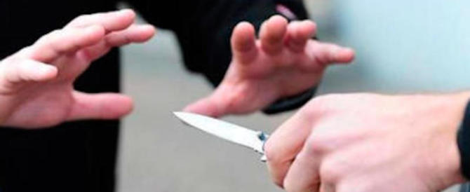 Ancora una rissa tra migranti finita nel sangue: un accoltellato a Frosinone. È grave