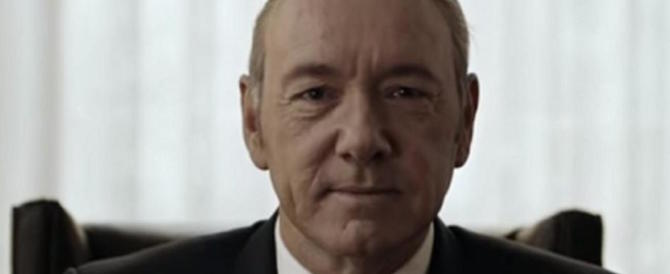 Kevin Spacey non ha perso il vizietto: molestie anche sul set di House of Cards