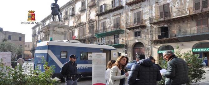 Palermo, torna su strada il camper della polizia contro femminicidio e bullismo