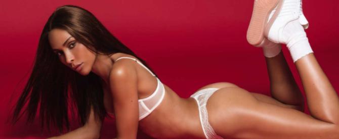 """Crolla il mito di """"Playboy"""": le donne non tirano più, debutta la """"coniglietta"""" trans"""