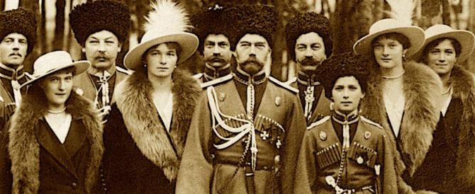 """La chiesa ortodossa: quello dei Romanov fu un """"omicidio rituale"""""""