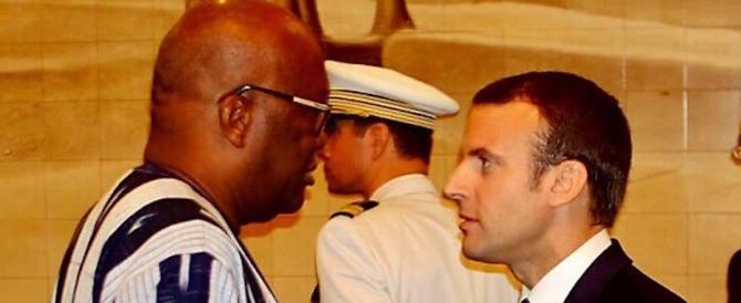Macron in Burkina Faso: e una granata piomba su un mezzo dell'esercito francese