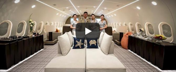 Marmi e privé: ecco l'aereo più lussuoso del mondo. Costa 23mila euro l'ora (video)
