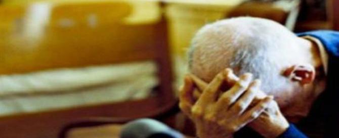 Anziani picchiati in casa da 3 albanesi che erano ospiti di una parrocchia