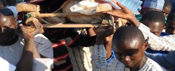 Nigeria, strage in moschea: 50 vittime. Ma il bilancio potrebbe salire: molti i feriti gravi