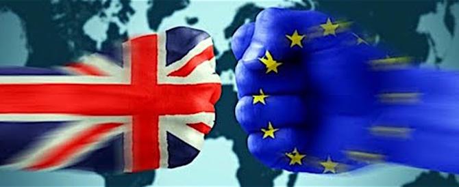 """Brexit, è scontro nel governo inglese per la scelta tra uscita """"hard"""" e """"soft"""""""