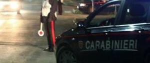 Genova, auto travolge tre carabinieri: è caccia a due uomini (video)