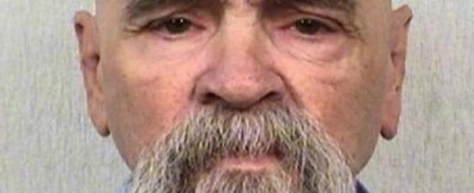 Usa, il pluriassassino Charles Manson è in fin di vita in ospedale