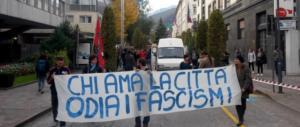 Palermo, manette nei centri sociali: prima notte in cella. Caccia ai complici