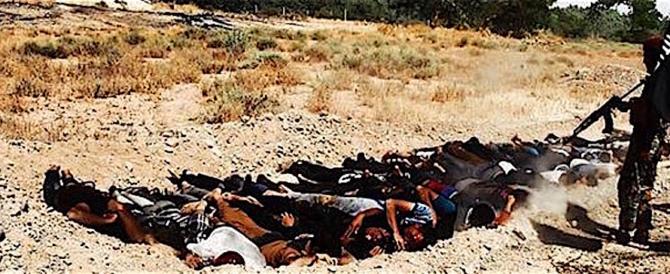 Iraq, fosse comuni con 400 corpi massacrati e ammassati in una città presidio dell'Isis