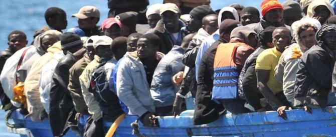 Un italiano su due è certo: nel Paese è in atto un'invasione di immigrati illegali